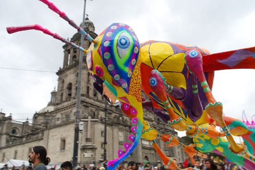 Paper float from Mexico