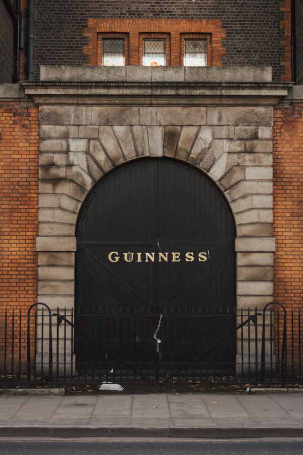 Guinness warehouse by Tavis Beck, courtesy Unsplash