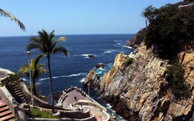 Why Acapulco is an Unforgettable Setting for a Mystery Series